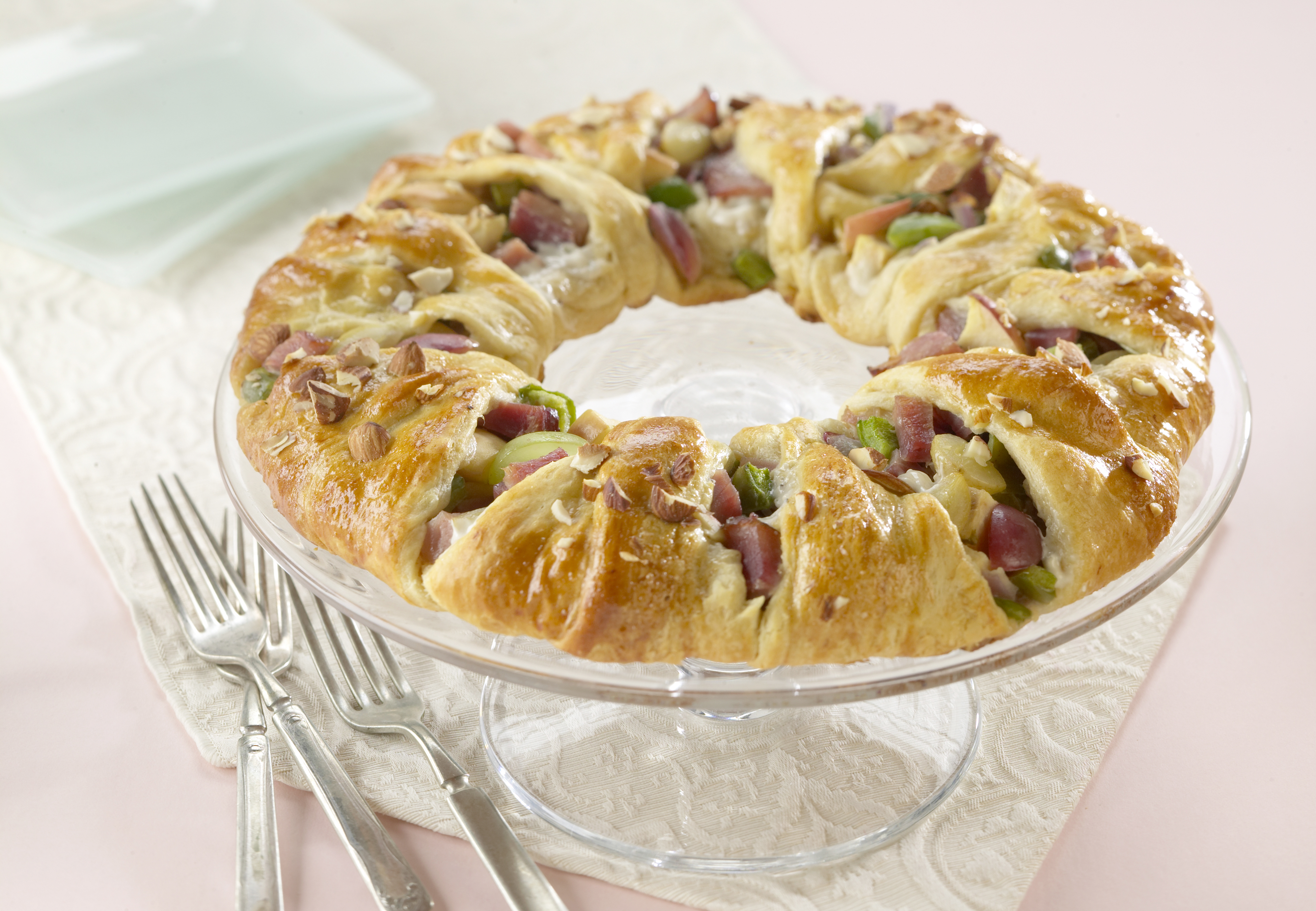 Ham and Almond Pastry Ring